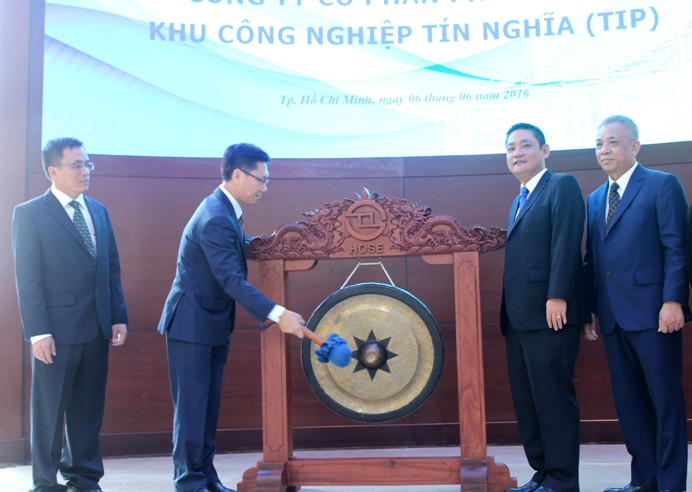 Công ty CPPT KCN Tín Nghĩa chính thức niêm yết và giao dịch cổ phiếu trên TTCK